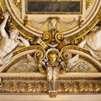 Фото лепного декора в Лувре