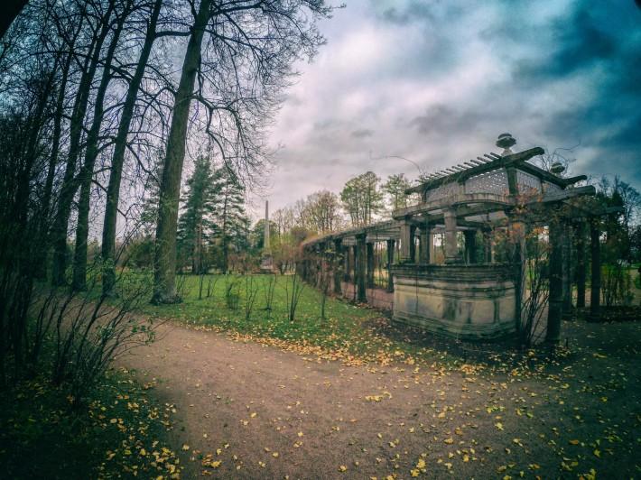 Собственный садик Екатерининского парка — пергола — фото 1