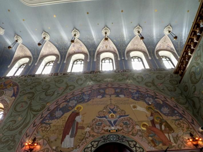 Декор церкви прп. Сергия Радонежского в Пушкине — фото 4