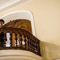 Лестница в холле Союза Художников в Петербурге — фото 2