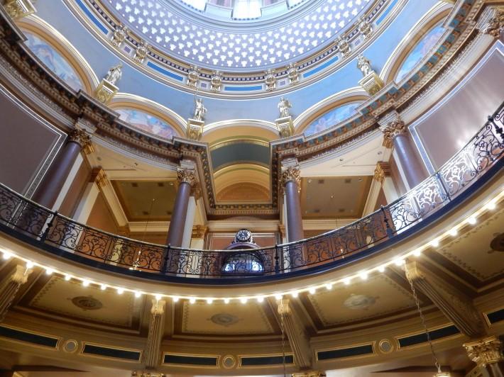 Декор в здании суда Айовы — фото 2