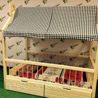 Кровать-домик из массива сосны