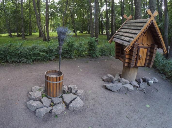 Декоративные ступа Бабы-Яги