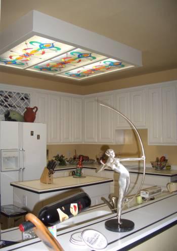 Потолок  со встроенным витражом — фото 2