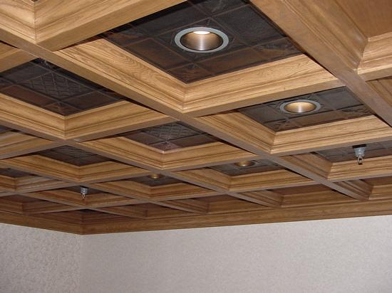 Деревянный потолок — фото 131