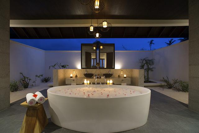 Ванная комната виллы SUNSET POOL