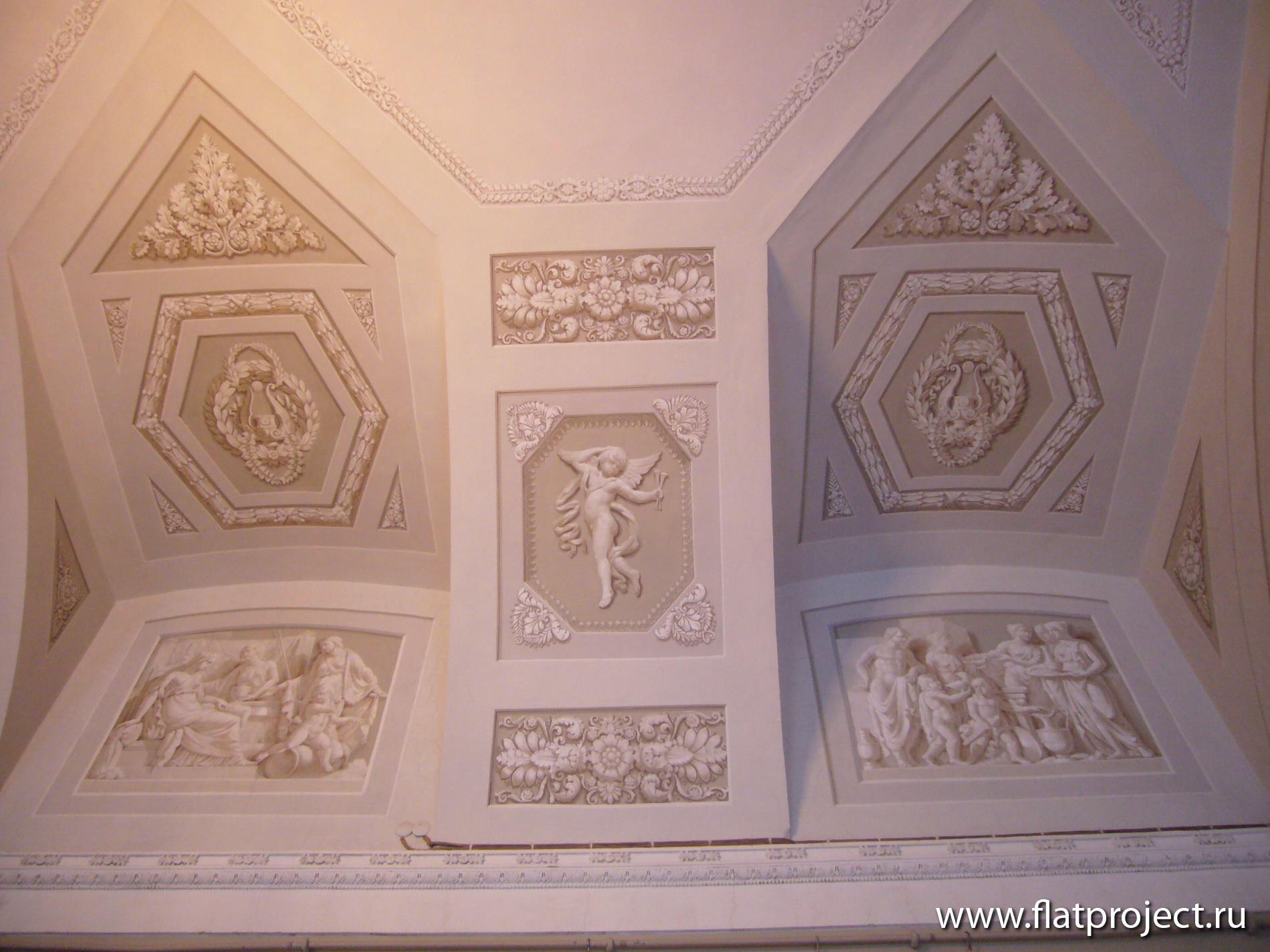 The State Russian museum interiors – photo 30