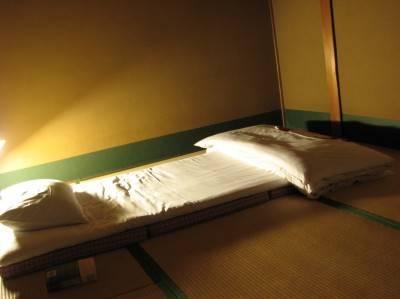 Пол в спальне японского дома
