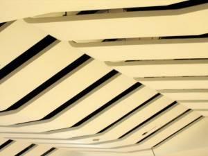 Металлический потолок — фото 41