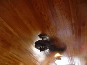 Деревянный потолок — фото 2
