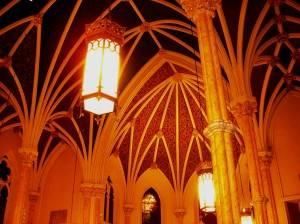 Потолок с нервюрными сводами и росписью