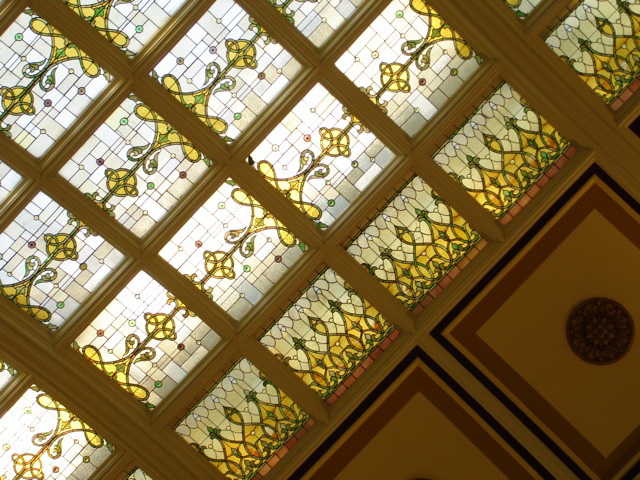 Витражный потолок — фото 10