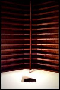 Деревянный потолок — фото 26