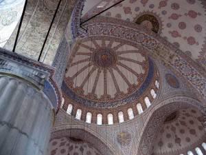Потолок Голубой мечети в Стамбуле (фото 2)