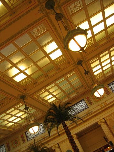 Витражный потолок — фото 11