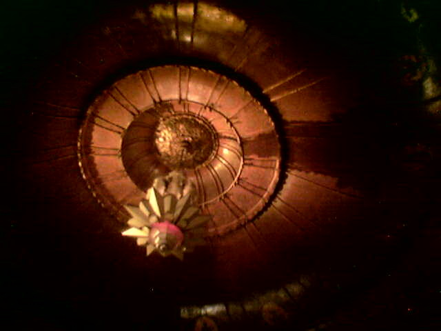 Деревянный потолок — фото 67