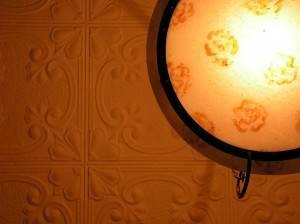 Потолок из декоративных панелей — фото 5