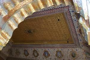 Потолок в крепости Мехрангарх в Индии