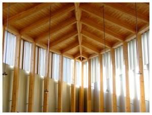 Деревянный потолок — фото 78