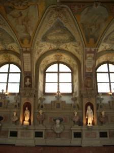 Роспись потолка в Мюнхенской резиденции (фото 2)