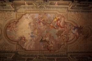 Фреска и гризаль на потолке Церкви всех святых во Флоренции