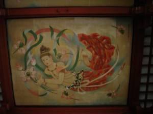 Фото росписи потолка с женщиной в японском доме
