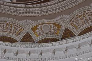 Декор интерьеров Павловского дворца — фото 59
