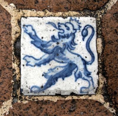Пол из керамической плитки — фото 25