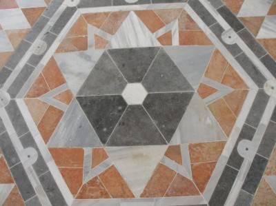 Пол из керамической плитки — фото 23