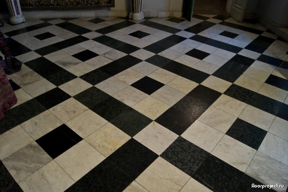 The Menshikov Palace floor designs – photo 1