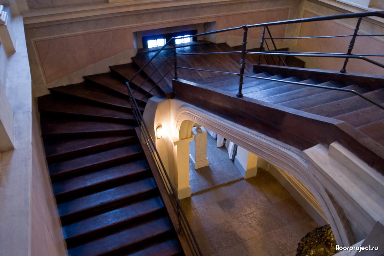 The Menshikov Palace floor designs – photo 17