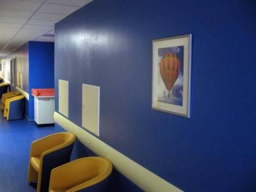 Постер в детской клинике Малыш