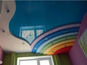 Глянцевый натяжной потолок  от «ГЕЛИОС РА»