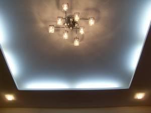 Двухуровневый потолок с подсветкой от «МИР ПОТОЛКОВ И СТЕН»