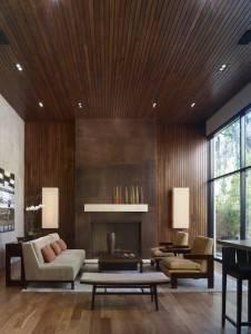 Деревянный потолок в гостиной — фото 8