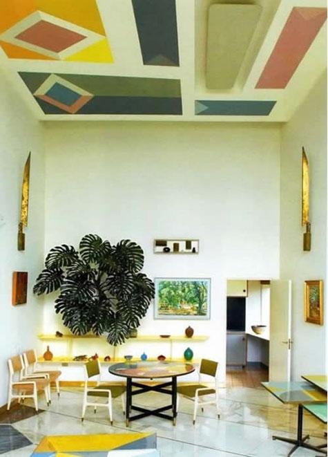Абстракция на потолке