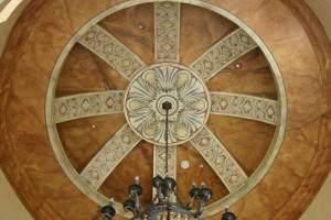 Роспись купола над лестницей