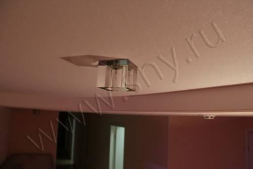 Натяжной потолок с блестками