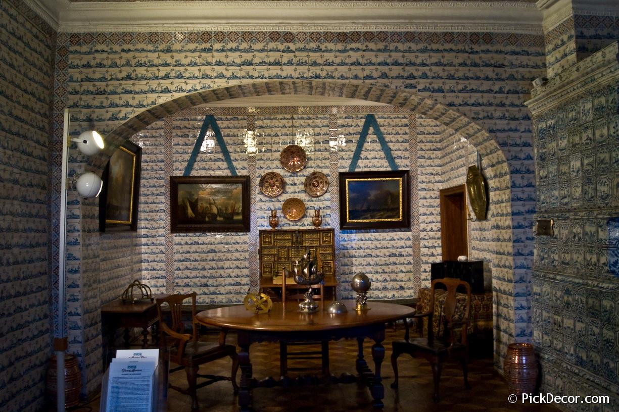 The Menshikov Palace decorations – photo 18