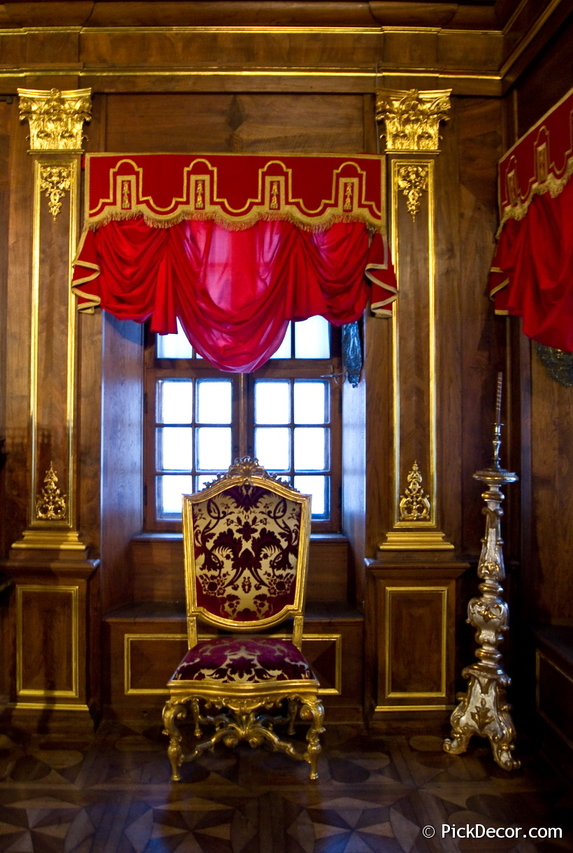 The Menshikov Palace decorations – photo 19