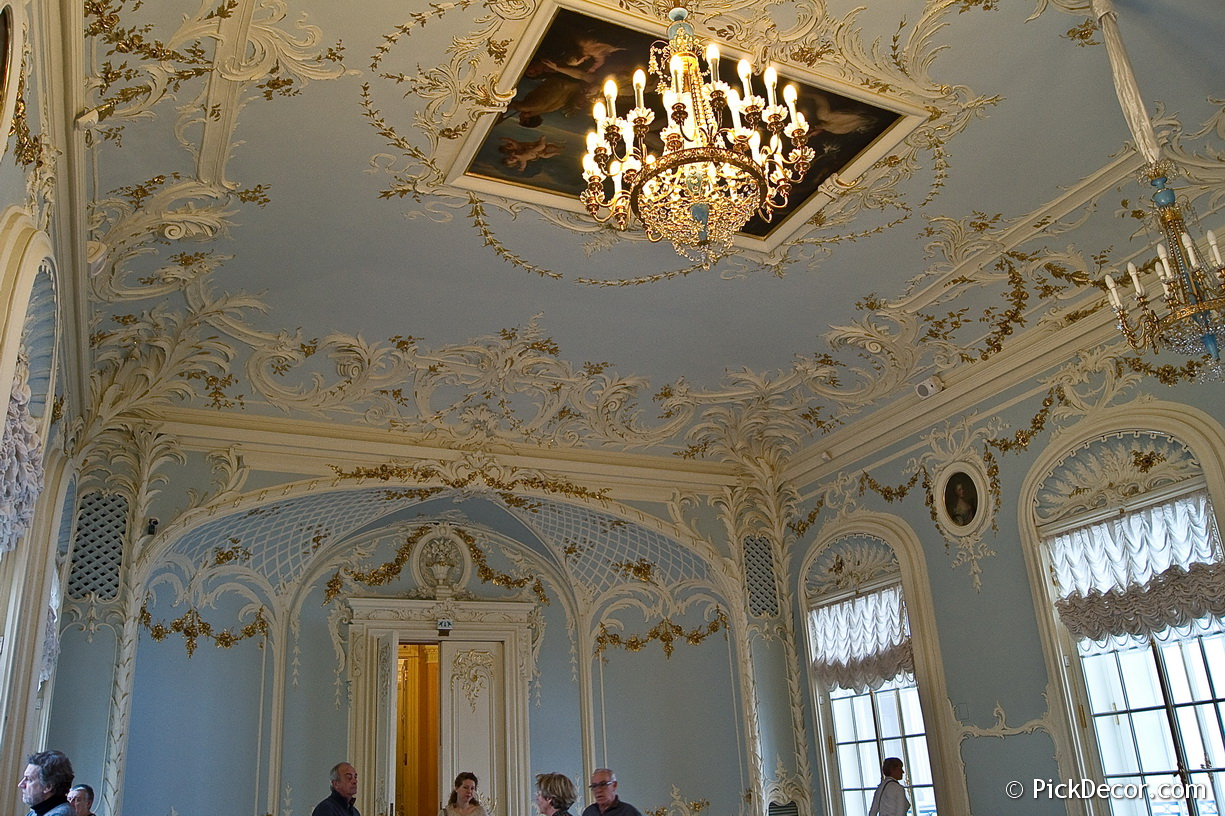 The Foyer of the Hermitage Theatre – photo 8