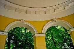 Декор павильона Росси в Михайловском саду — фото 2