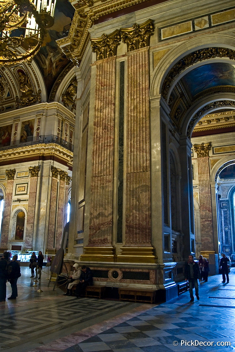 The Saint Isaac's Cathedral interiors – photo 43
