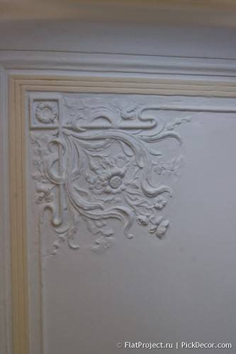 Роспись лепнины на потолке - до/после 01