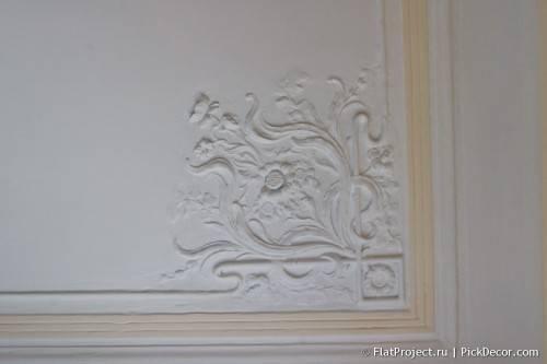 Роспись лепнины на потолке - до/после 02
