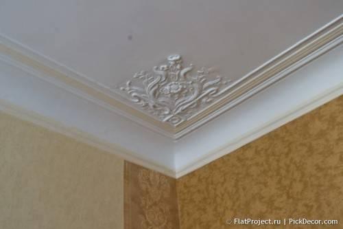 Роспись лепнины на потолке - до/после 04