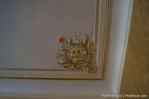 Роспись лепнины на потолке - до/после 12
