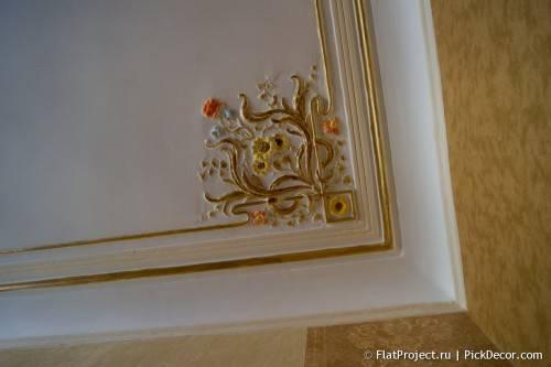 Роспись лепнины на потолке - до/после 13