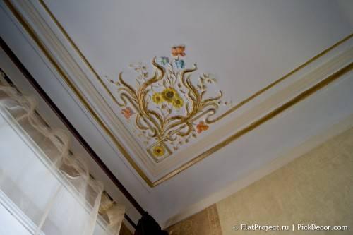 Роспись лепнины на потолке - до/после 14