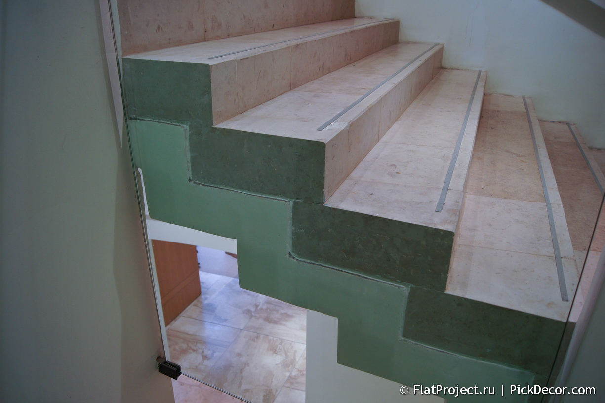 The General Staff building marble floor – photo 5